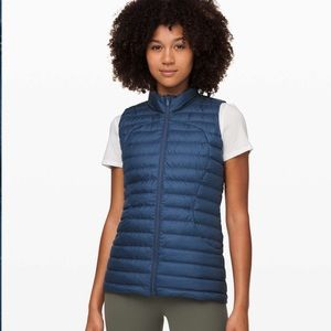 Lululemon pack it down Vest NWT code blue